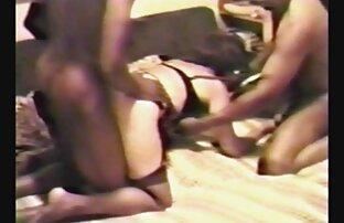 Sexy Loulou არის პირველი პირის კამერა მტვერი off ყველაზე დიდი მისი ცხოვრება.