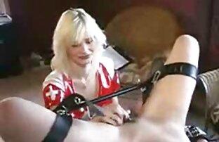 ვიდეო მსუქანი, დიდი ლამაზი ქალები სიმღერა მეგობარი იგივე აბაზანა.